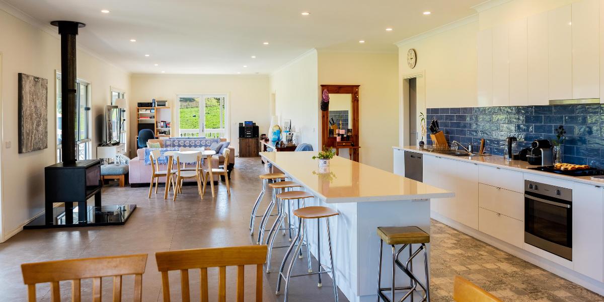 Swanbuild custom home in Hurstbridge