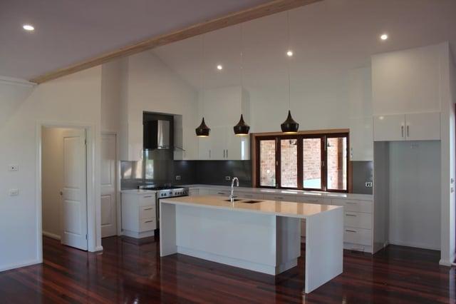 Swanbuild-Modern-Kitchen.jpg